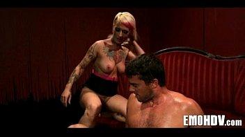Женские груди и соски при сексе смотреть