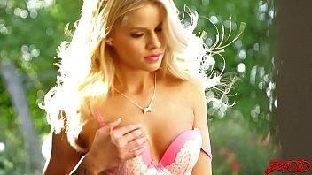 Jessa Rhodes Stripper Fashion