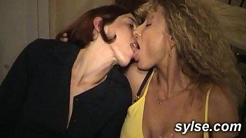 Смотреть фильм русская порнуха с мамами