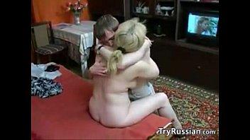 Смотреть порно русское мать соблазняет сына