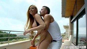 Video Porno Cu Babe Porno Blonde Luate La Pula Pe La Spate