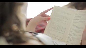 Видеосексалесбиянок короткие ролики