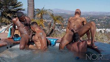 VIDEOS GRATIS ORGY MOUNTAIN GAY