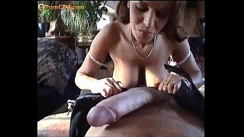 Видео порно женщину связали а трахнули