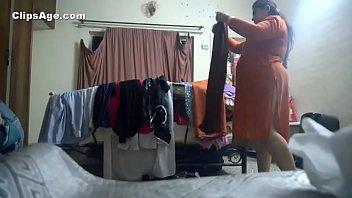 Desi aunty changing kameez