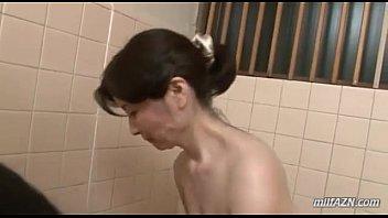 Действие молодой спермы на организм зрелой женщины
