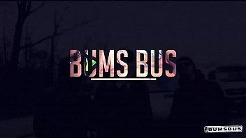 Видео порно моладая в автобусе