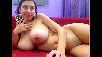 Big tits MILF wants you - camdystop.com