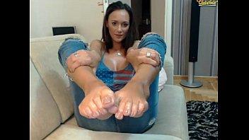 Latina booty sexy feet