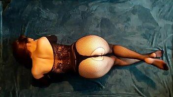 Antonia Sainz on the floor
