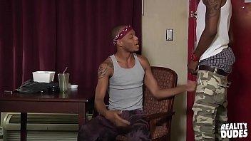 μαύρο γκέι πορνό βίντεο κλιπ παχύ μεγάλο στρόφιγγες