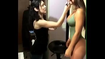 Noelia Rios increíble modelo argentina tetona culona backstage fotos instagram Thumb