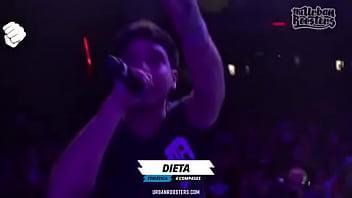 Dani se folla el beat de manera excitante