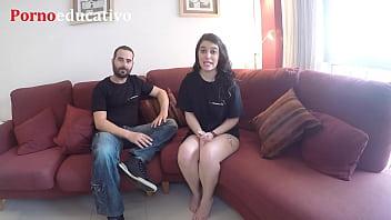 Ana Marco, teacher de Pornoeducativo, te educa ense&ntilde_&aacute_ndote su vulva