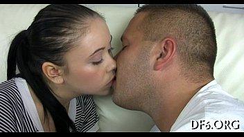 Секс з юними целками