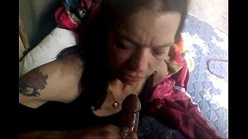 Порно на улице с бомжами