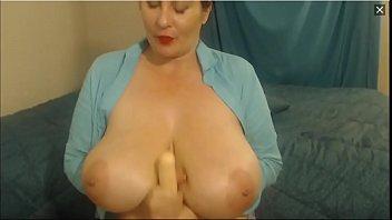 busty mature on webcam 1