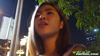 หนังโป๊ไทย 2019 น้องแอปเปิ้ล โสเภณีสาวไทยดังมาจาก Tuk Tuk Patrol ขายตัวแลกเงินให้ฝรั่งเย็ดสดไม่ใส่ถุง ใจถึงแถมลีลาเด็ด มาฟังเสียงครางตอนเย็ดแบบเสียงไทย