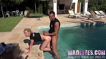 porno venezolano con Madlifes.com salva da silva y yarisa duran follabdo en la piscina