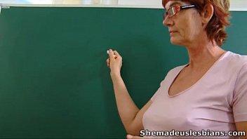 Пожилые русские училки лесбиянки