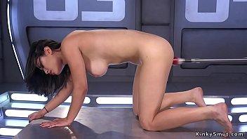 Hairy brunette cums on fucking machine