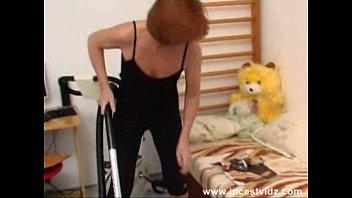 Русские жирные старухи дала внуку ебать