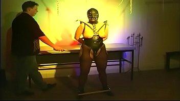 Пытки женщин порно
