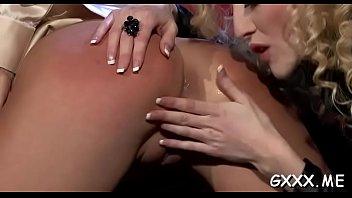 Hottie&#039_s big slit lesbian-girls