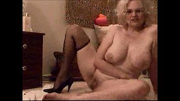 Dildo i stockings