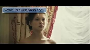 L&eacute_a Seydoux - Les adieux &agrave_ la reine Sex Scene