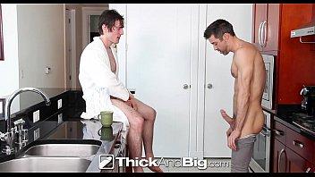 Трах толстого гея