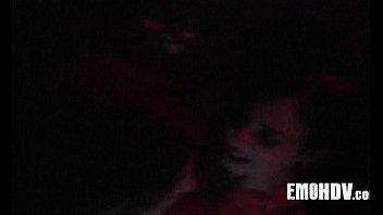 Парень обожает ласкать тело девушке смотреть видео