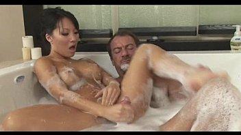 Порномассаж с асой акирой видио