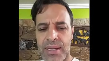 Hello, I am Rogê Ferro and I'm here to assure to you this is my oficial page on XVideos!