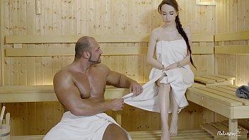 Filme Porno Cu Violuri Barbat Musculos Fute O Tanara Bruneta