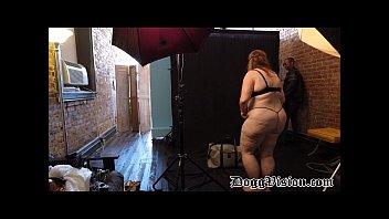 Фото огромных задниц и сисек порно