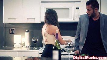 Женщина трахнула в рот порно онлайн
