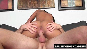 xxxvideo - (Gianna Nicole, Levi Cash) - Giannas Booty - Reality Kings