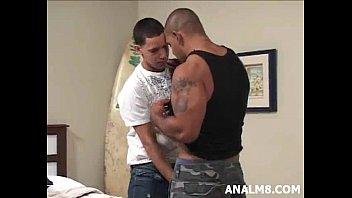Гей порно большой член мускулы