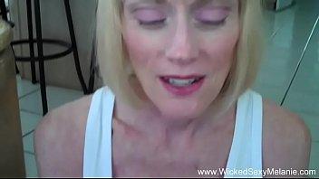 Секс видео сексуальная мачеха совращает пасынка