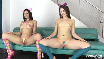 Микро бикини девушки порно фото