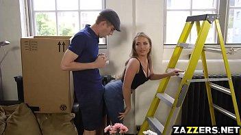 Danny D batendo Alessandra Janes buceta como ela se inclina