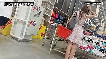 Menina jovem, escolha, panties