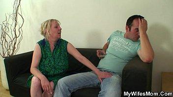 Эксклюзивное видео мам сына интим