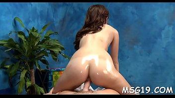Skinny playgirl enjoys deep insertion