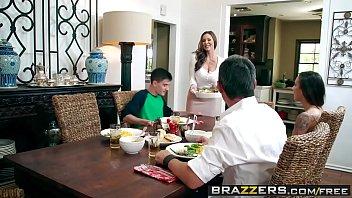 Смотреть эротические ролики на кухне