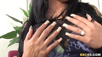 Cougar Sienna West Sucks Big Black Cock