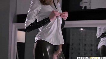LesbianCUMS.com ⇨ Latex Milf Masturbation Strapon Orgasm