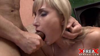 Xandy gets her slippery throat fucked (neck veins)