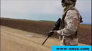 جندي أميركي يغتصب عربية الذهبية التي تمر عبر رابط الفيديو كامل بالوصف
